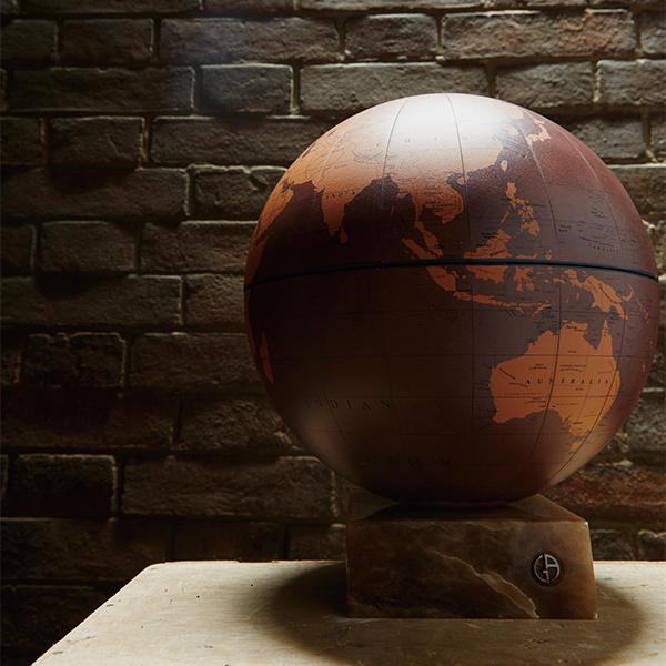 アルマーニ/カーザ HUNTER 地球儀
